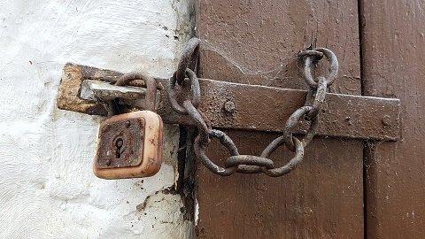 Hoe moeilijk is het om een kettingslot open te breken?