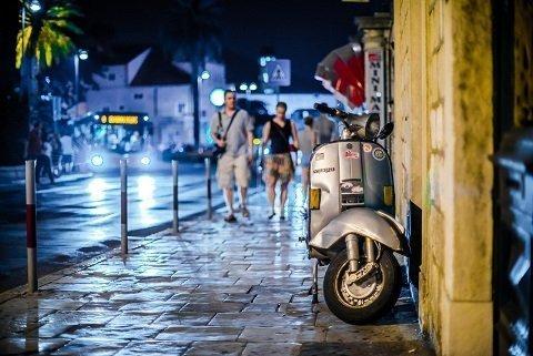 hoeveel scooters worden er jaarlijks gestolen