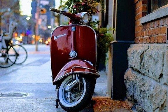 Welk kettingslot voldoet aan de eisen van een scooterverzekering